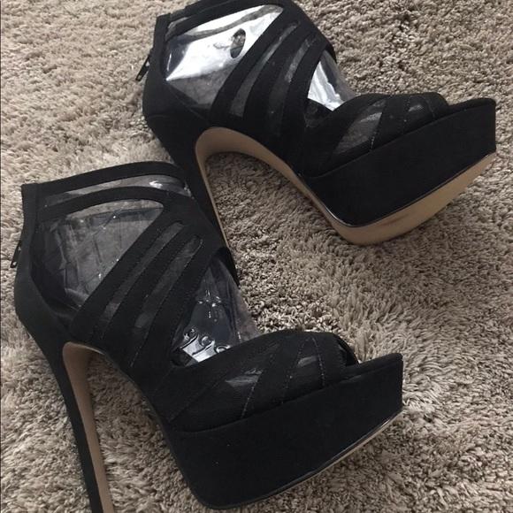 Black Heels from Aldo! Size 6